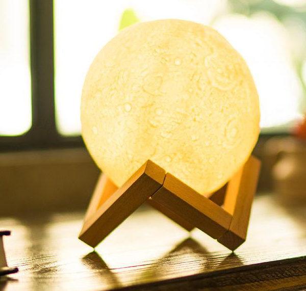 mesec lampa